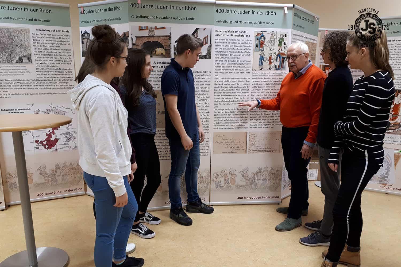 jahnschule-wanderausstellung-400-jahre-juden-in-der-rhön